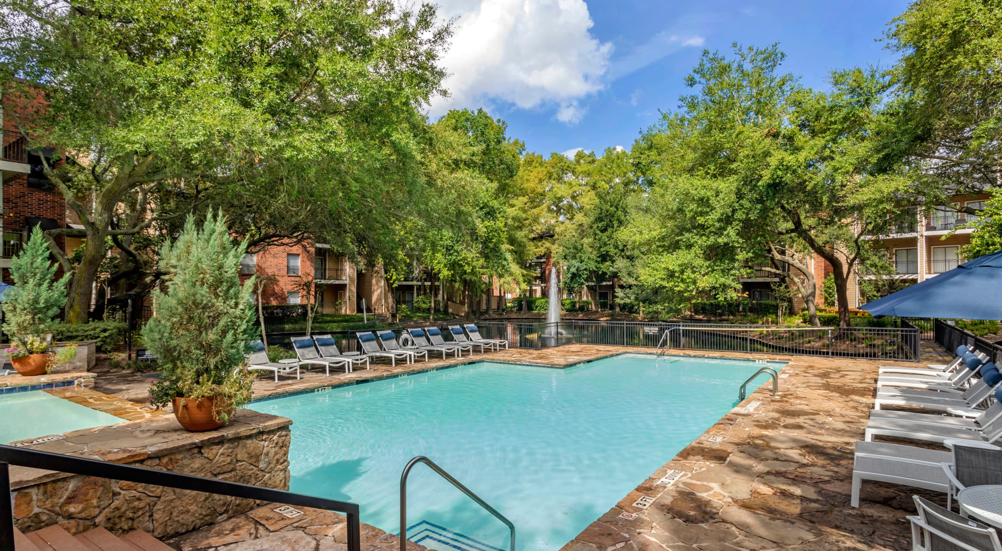 Amenities at Foundations at River Crest & Lions Head in Sugar Land, Texas