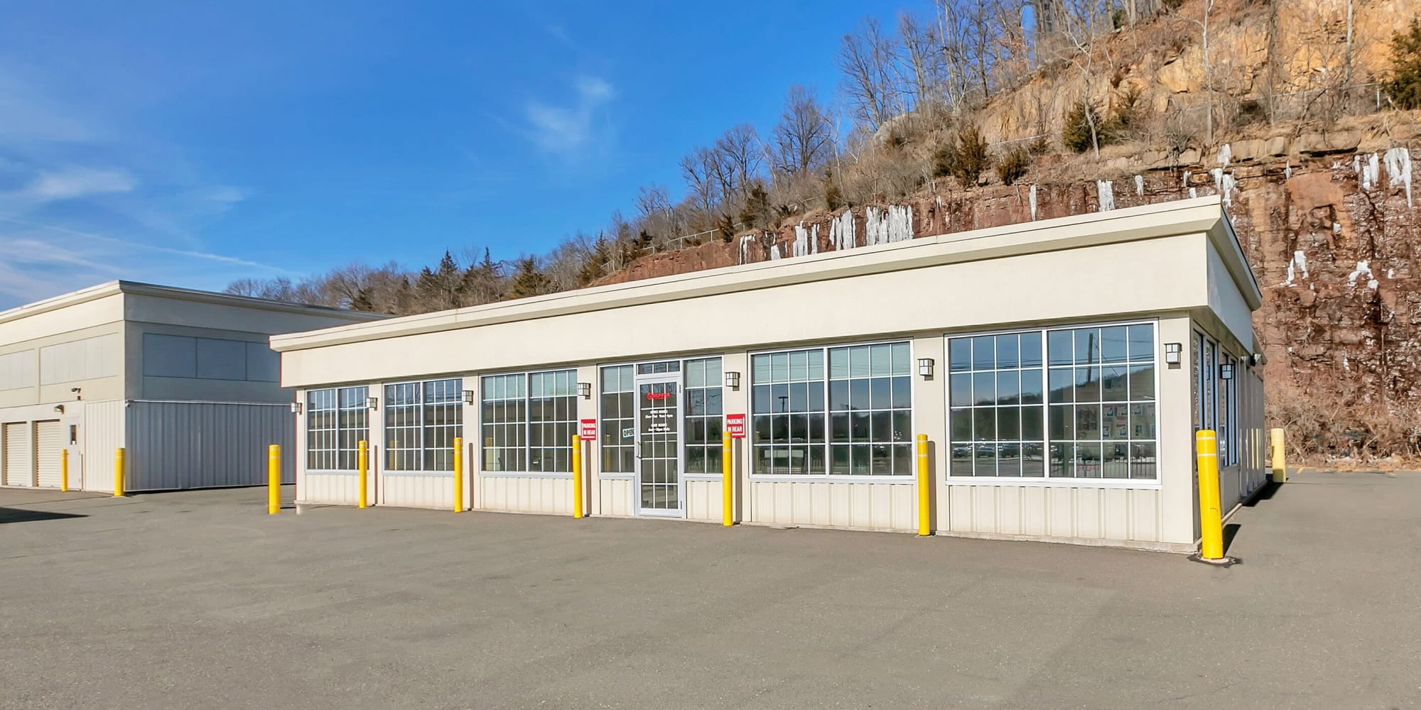 Self storage in Plainville CT