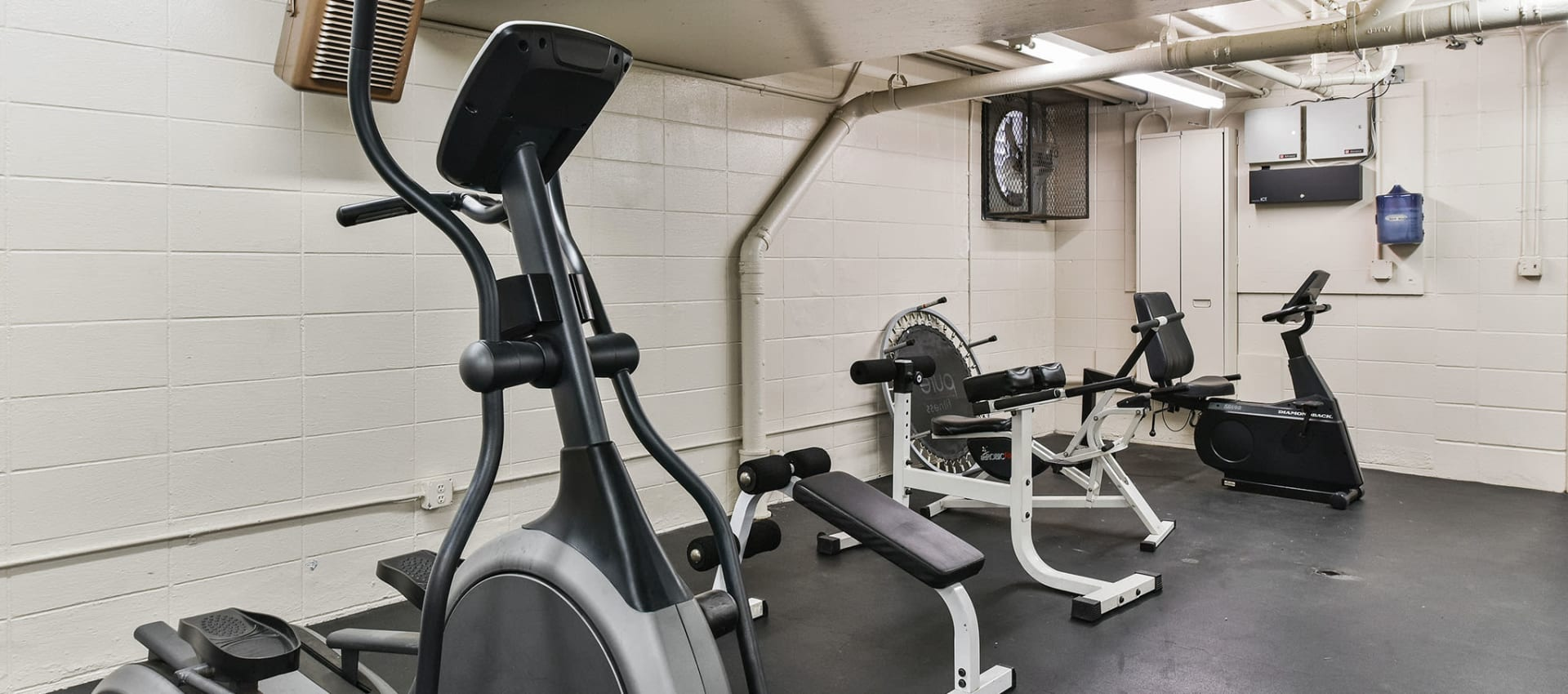 Fitness center at apartments in Alameda, CA