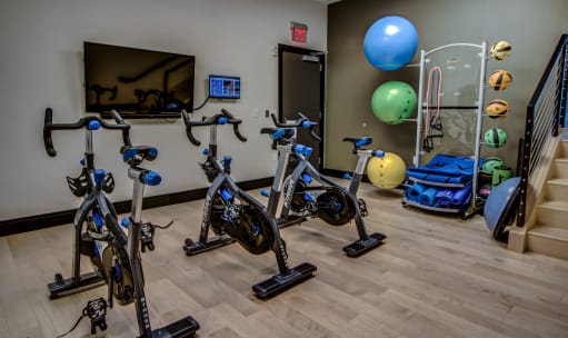Well equipped fitness center at The Benjamin apartments
