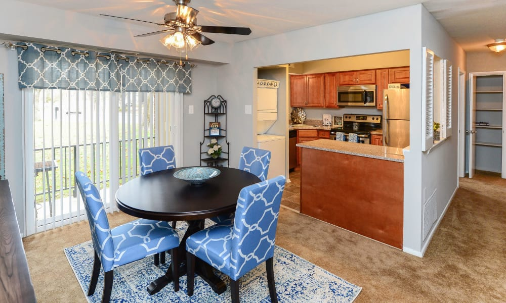Open dining room at Moorestowne Woods Apartment Homes in Moorestown, NJ