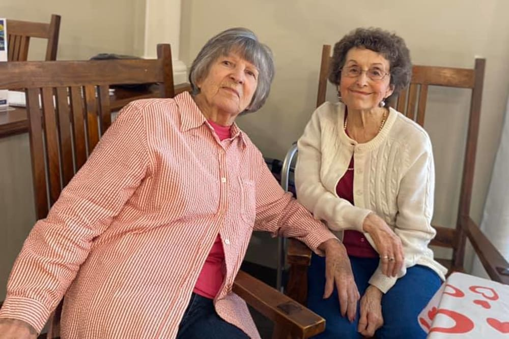 Residents smiling for the camera at Rosewood Assisted Living in Lafayette, Louisiana