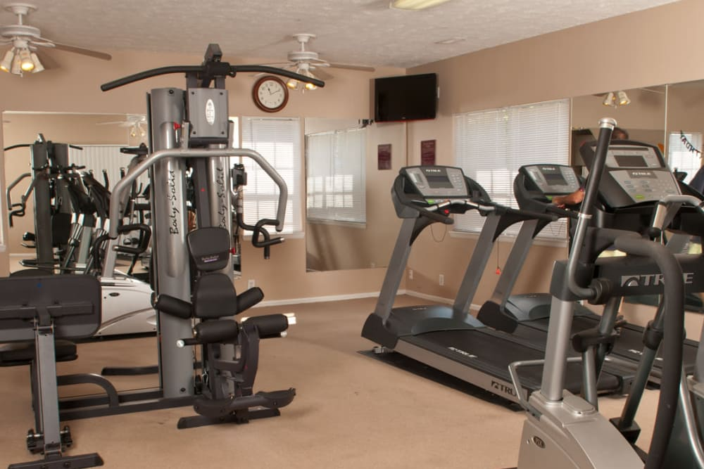 Stay healthy in the Deane Hill fitness center in Knoxville