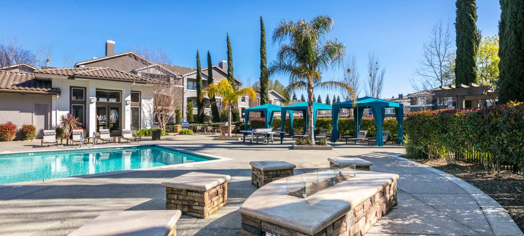 Miramonte and Trovas Apartments in Sacramento, California