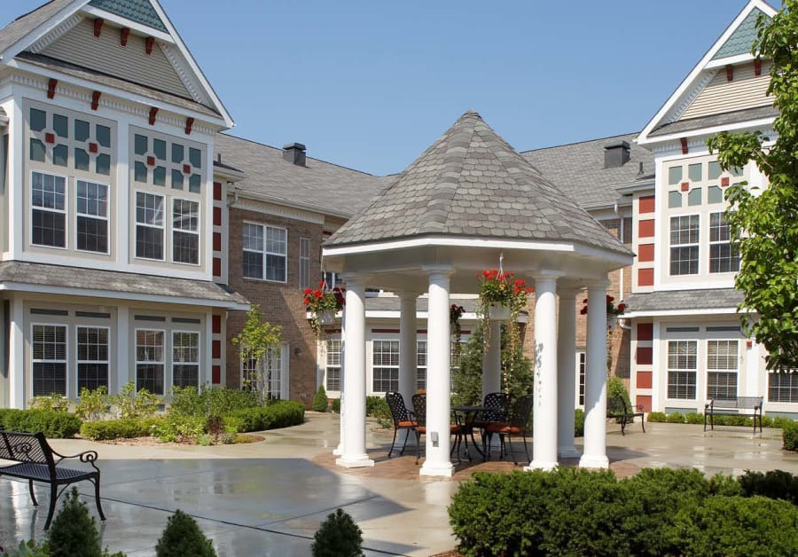 Courtyard garden at our independent living facility in Rochester Hills, MI