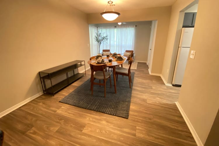 Dining Room at 300 Riverside