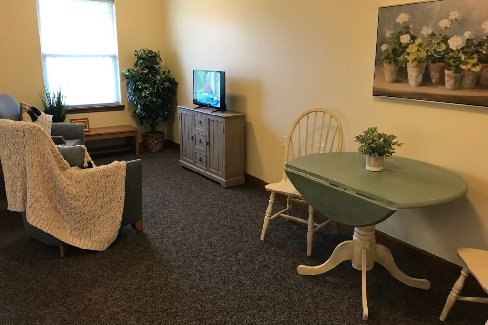 Spacious living room at Prairie Hills Senior Living in Des Moines, Iowa.