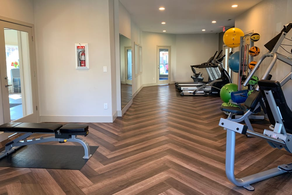 The fitness center at Carriage House Apartments in Vancouver, Washington