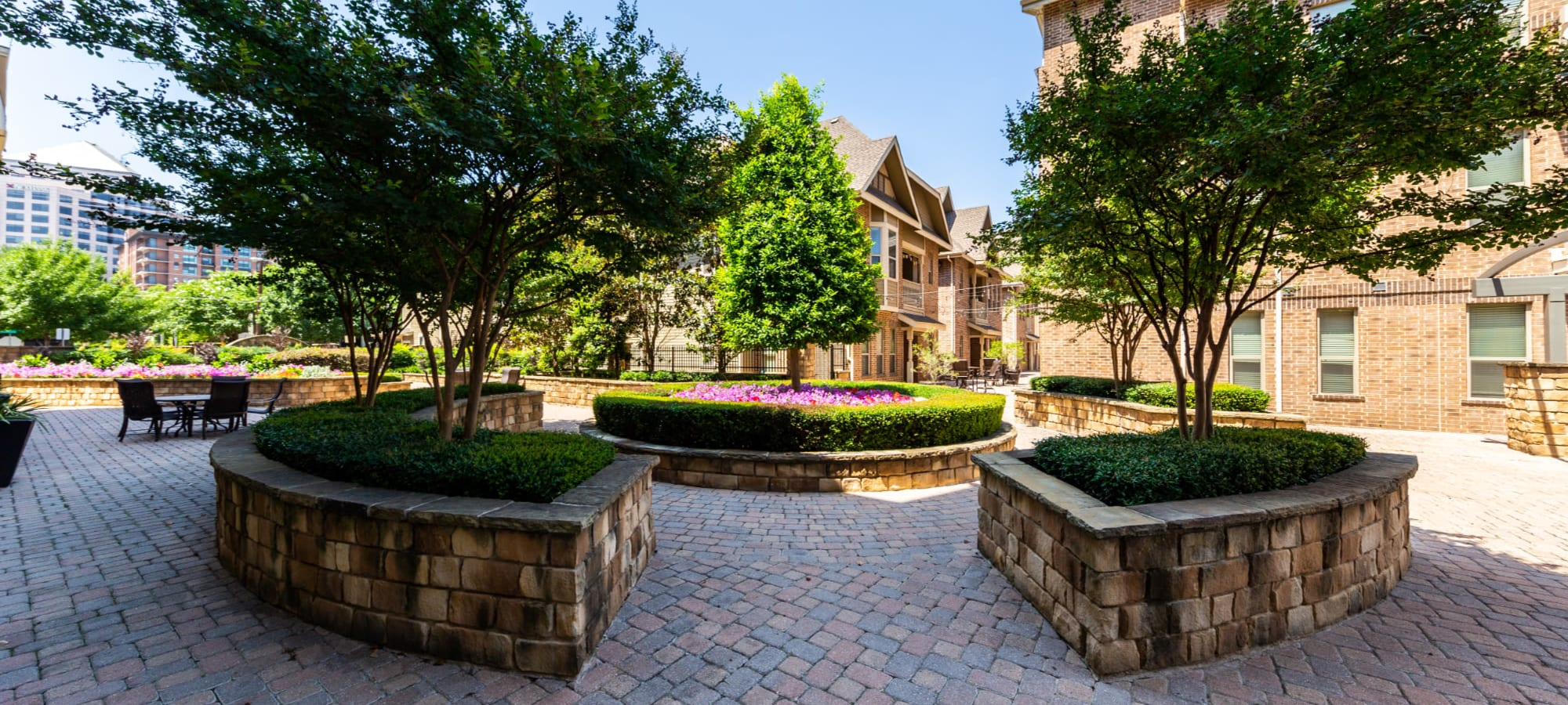 Schedule a tour of The Marquis of State Thomas in Dallas, Texas