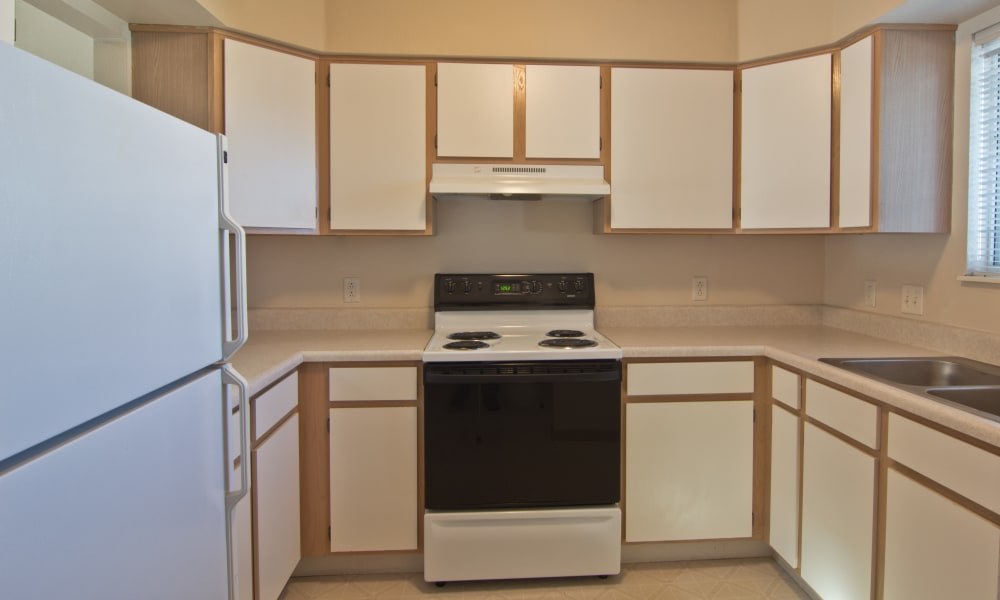 Cook for your family at Steeplechase Apartments & Townhomes in Toledo, OH