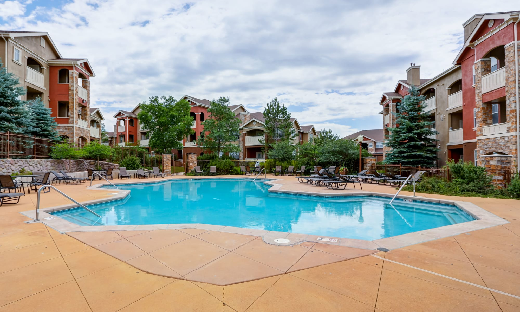 Bella Springs Apartments in Colorado Springs, CO