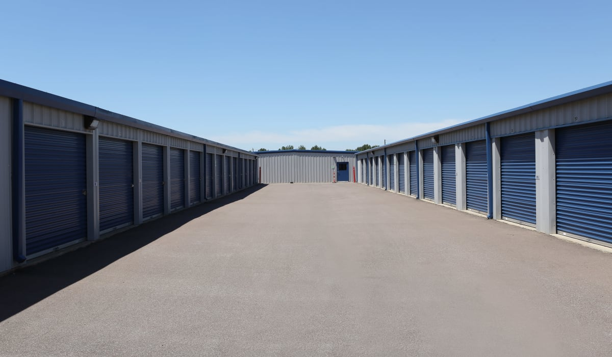 Exterior units at Midgard Self Storage in Oakland, Tennessee