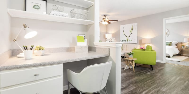 View virtual tour for 2 bedroom 2 bathroom unit at Belle Vista Apartment Homes in Lithonia, Georgia