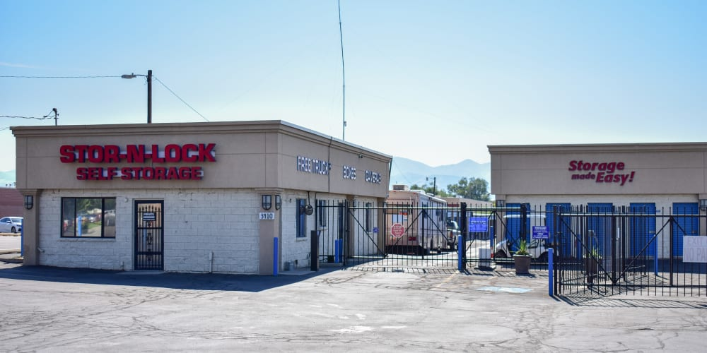 The front entrance to STOR-N-LOCK Self Storage in West Valley City, Utah