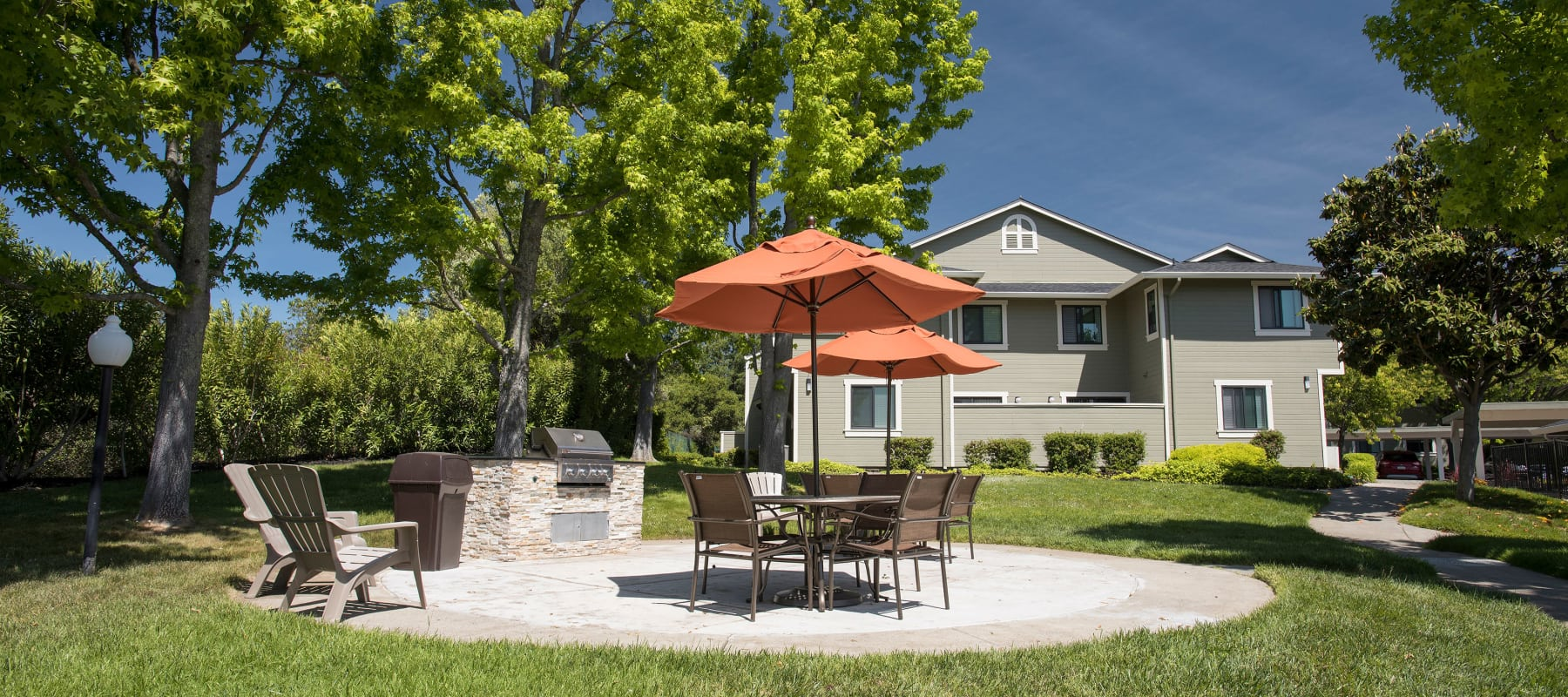 BBQ and Picnic area at Ridgecrest Apartment Homes in Martinez, CA