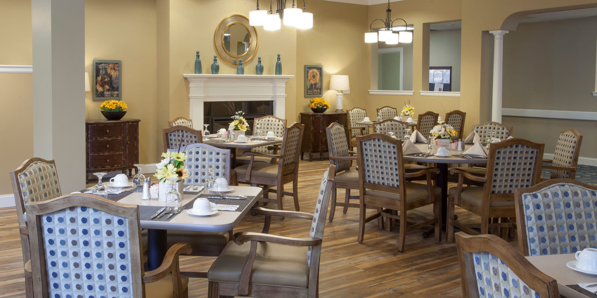 Resident dining room at Keystone Place at  Buzzards Bay in Buzzards Bay, Massachusetts.