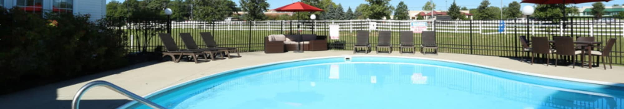 Schedule a tour at Gateway Lakes Apartments in Grove City, Ohio