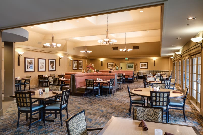Banquet hall at The Reserve at Thousand Oaks in Thousand Oaks, California