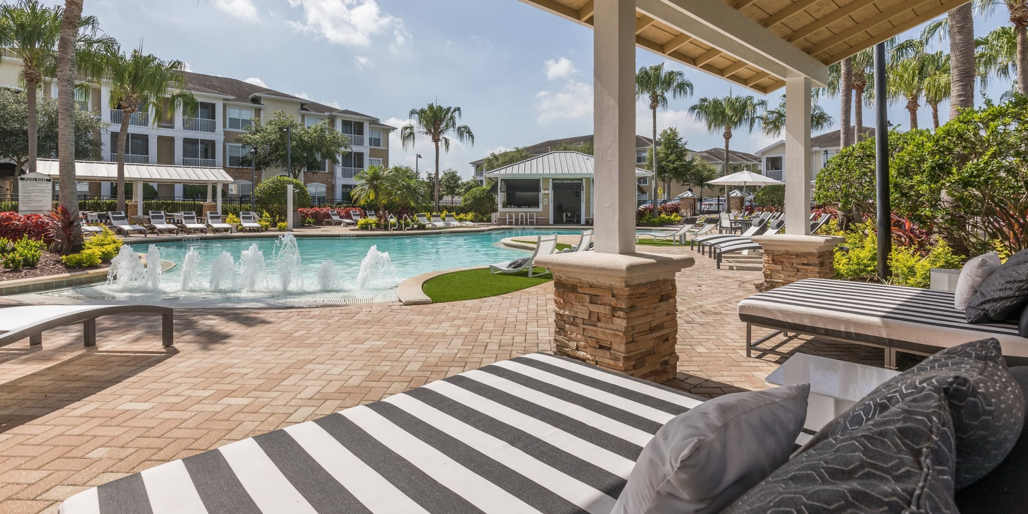 Apartments at Luxe at 1820 in Tampa, Florida
