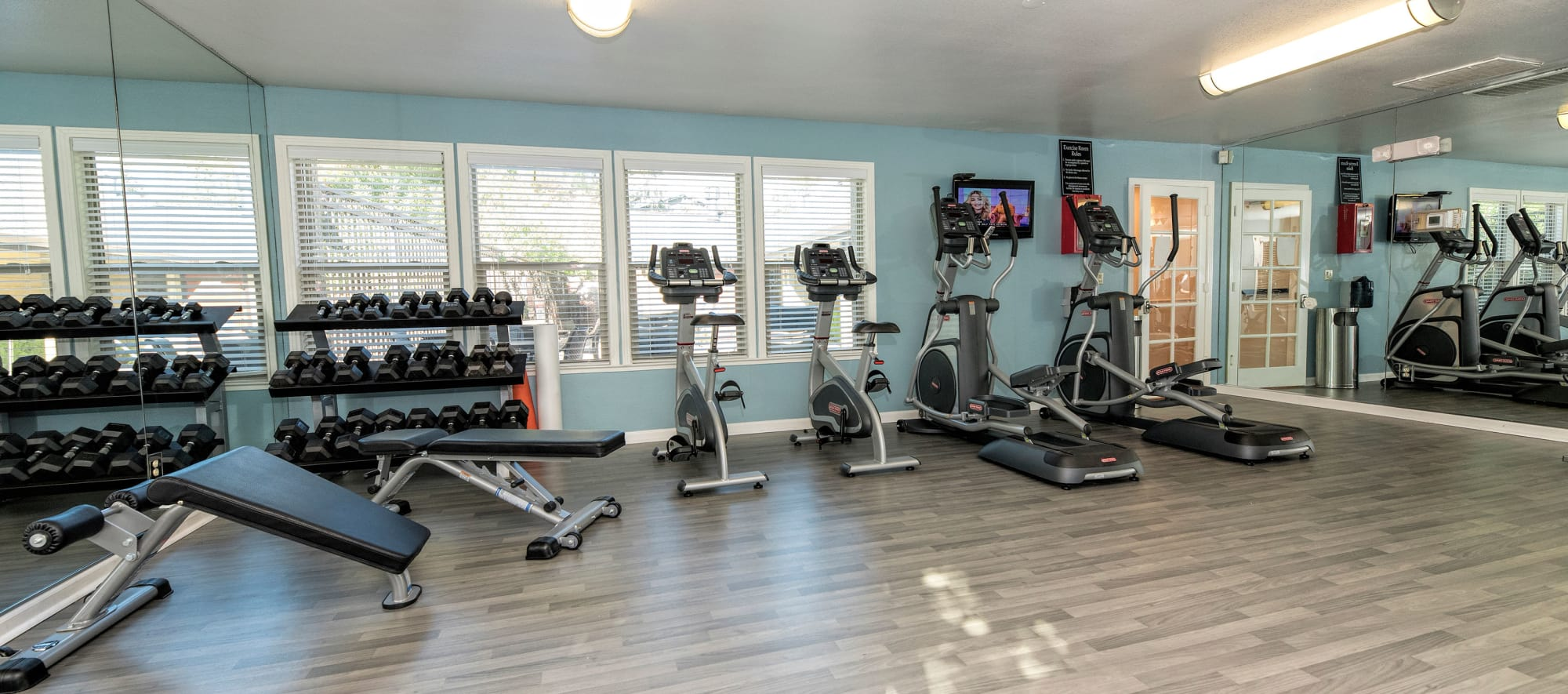Fitness center at Sterling Heights Apartment Homes in Benicia, California