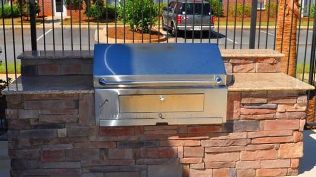 Community grill at Pavilion at Plantation Way