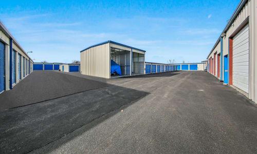 Roy, Utah storage facility Exterior Storage Units