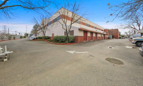 East Sac Self Storage offers a Parking Area for easy moving Sacramento, California