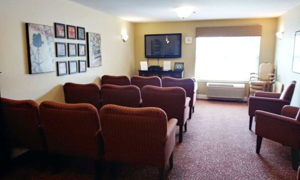 Media Room at Woodside Senior Living in Springfield, Oregon