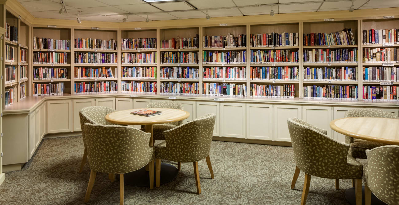 Library and reading tables at The Reserve at Thousand Oaks in Thousand Oaks, California