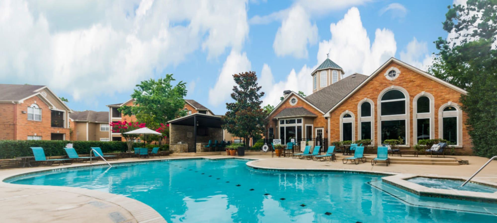 Apartments at Marquis at Kingwood in Kingwood, Texas