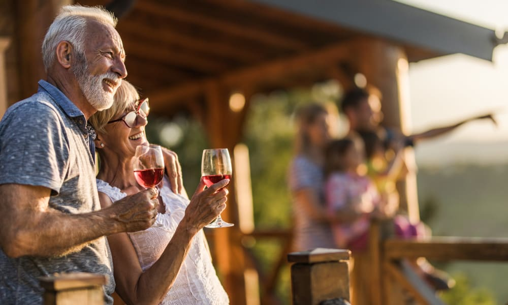 A resident couple at Ativo Senior Living of Yuma in Yuma, Arizona.