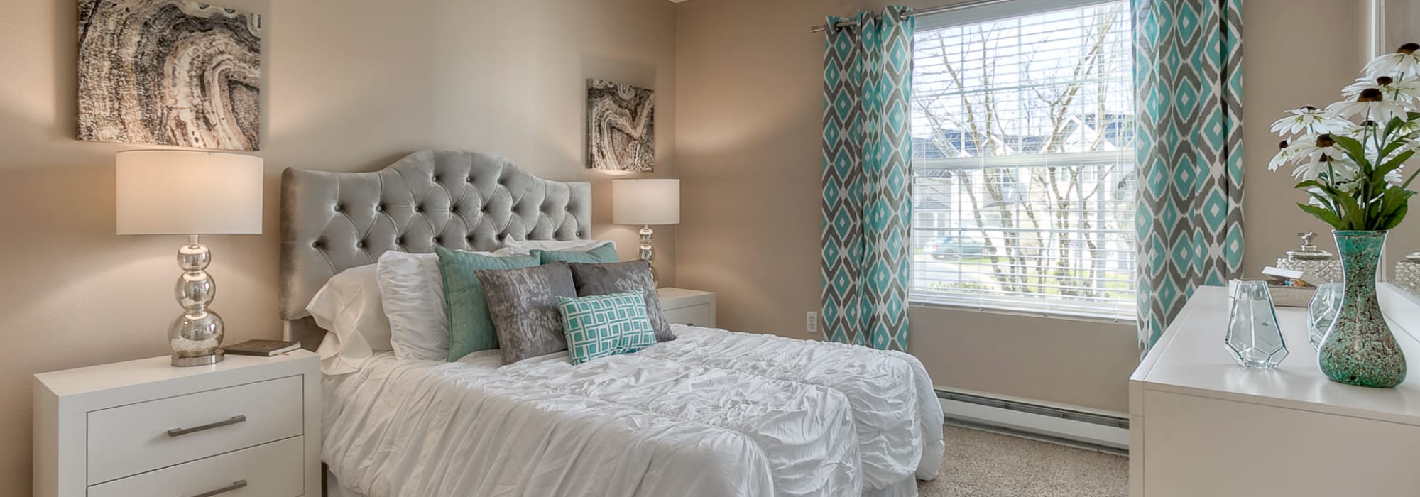 Apply to Pebble Cove Apartments in Renton, Washington