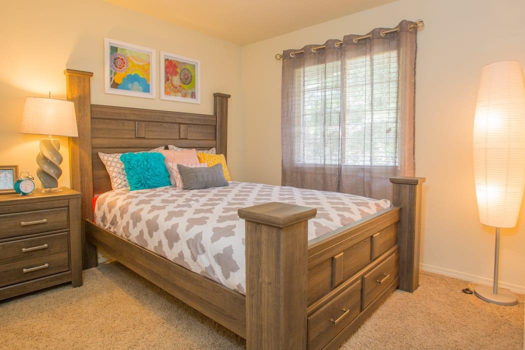 An apartment bedroom at Chardonnay in Tulsa, Oklahoma
