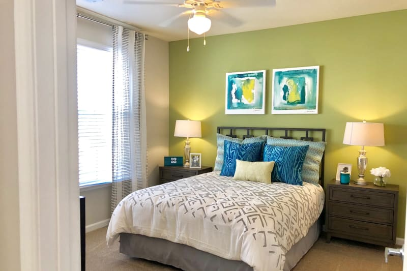Well lit bedroom at Level at 401 in Raleigh, North Carolina