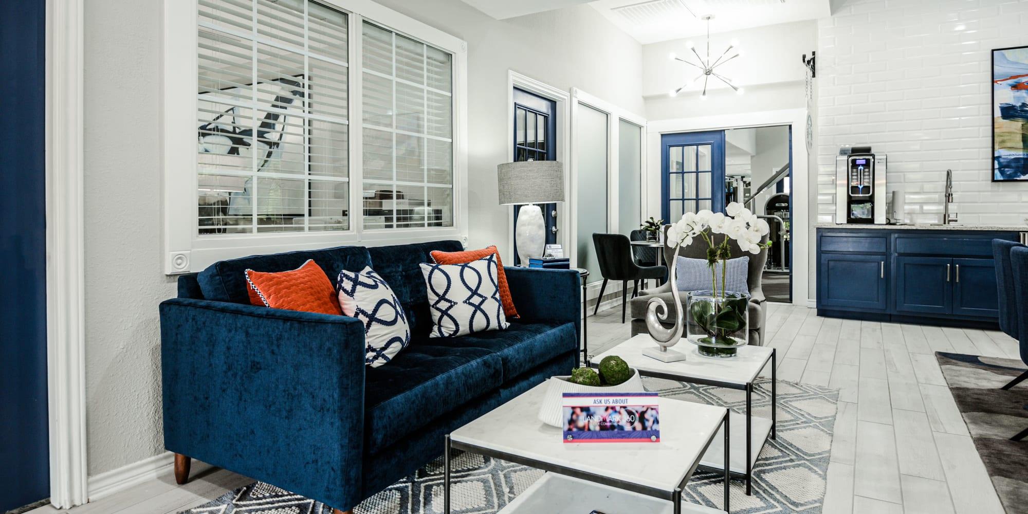 The Regent Apartments in Dallas, Texas
