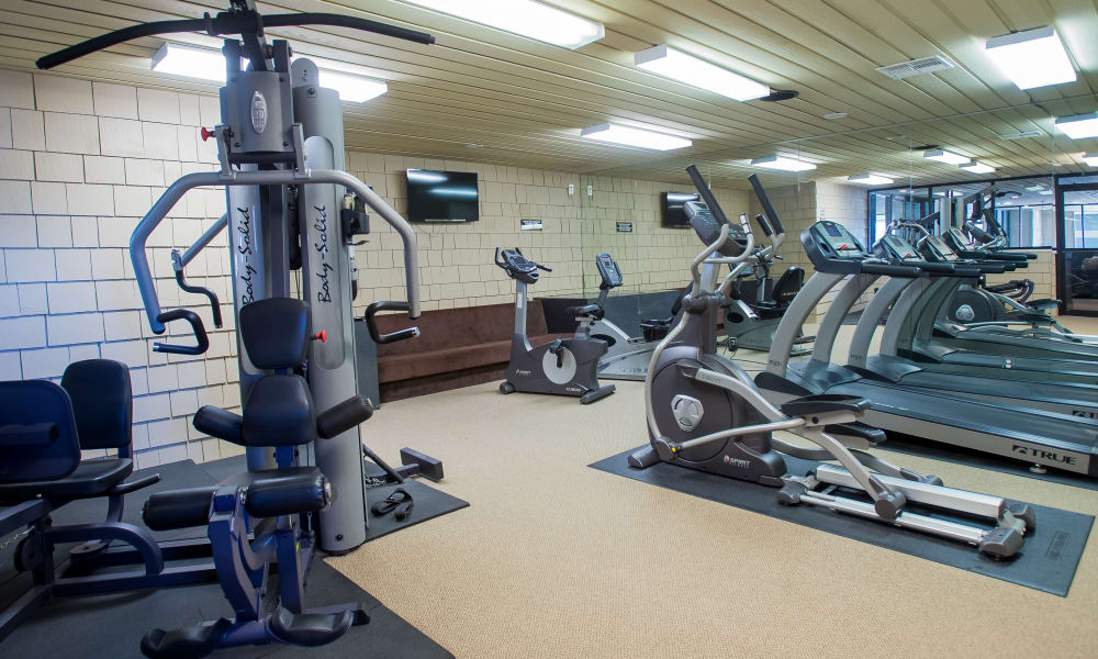 Modern fitness center at Sunchase Apartments in Tulsa, Oklahoma