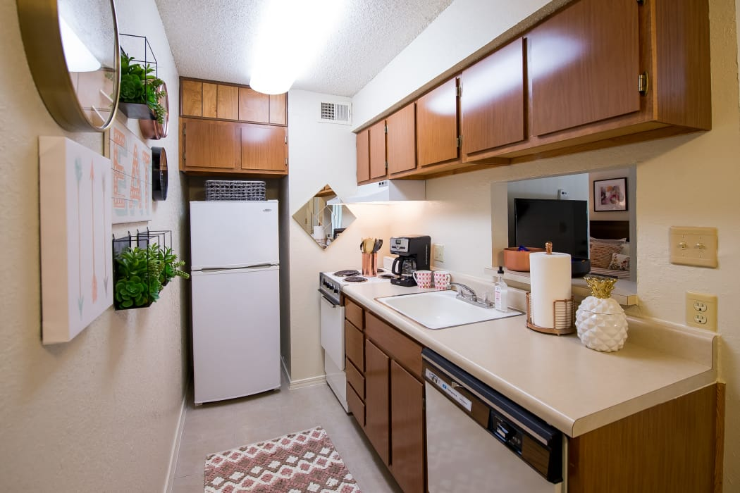 Kitchen at Sunchase Apartments in Tulsa, Oklahoma