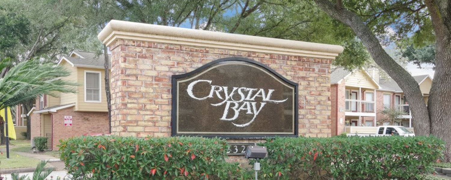 Welcome sign at Crystal Bay in Webster, Texas.