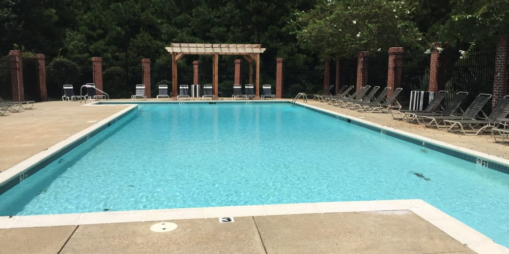 Sparkling swimming pool at Midsouth 301 in Jackson, Mississippi