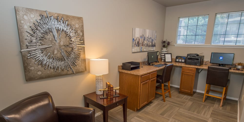 Business center at Crown Chase Apartments in Wichita, Kansas