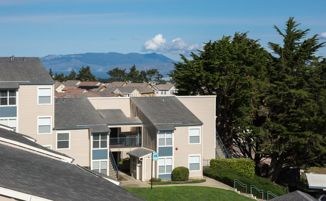 Live only 12 miles from downtown San Francisco at Skyline Heights Apartments