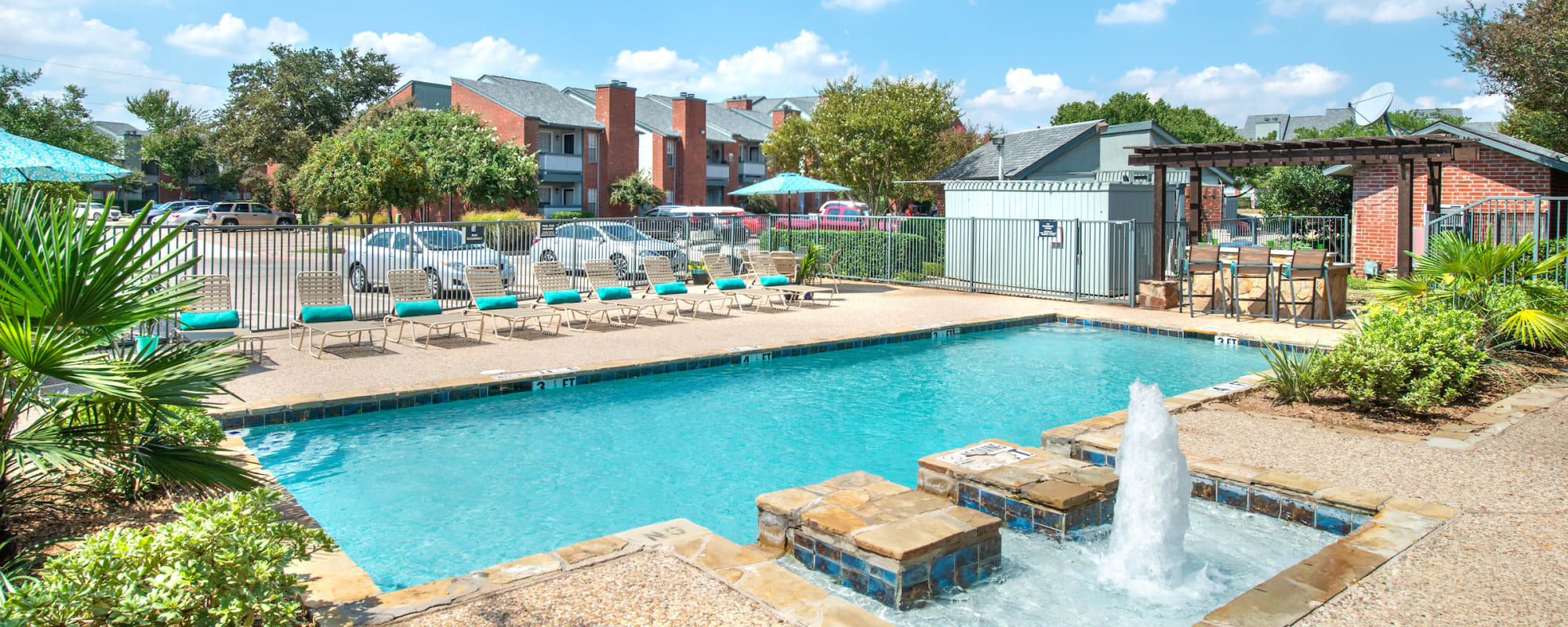 Amenities at Lane at Towne Crossing in Mesquite, Texas