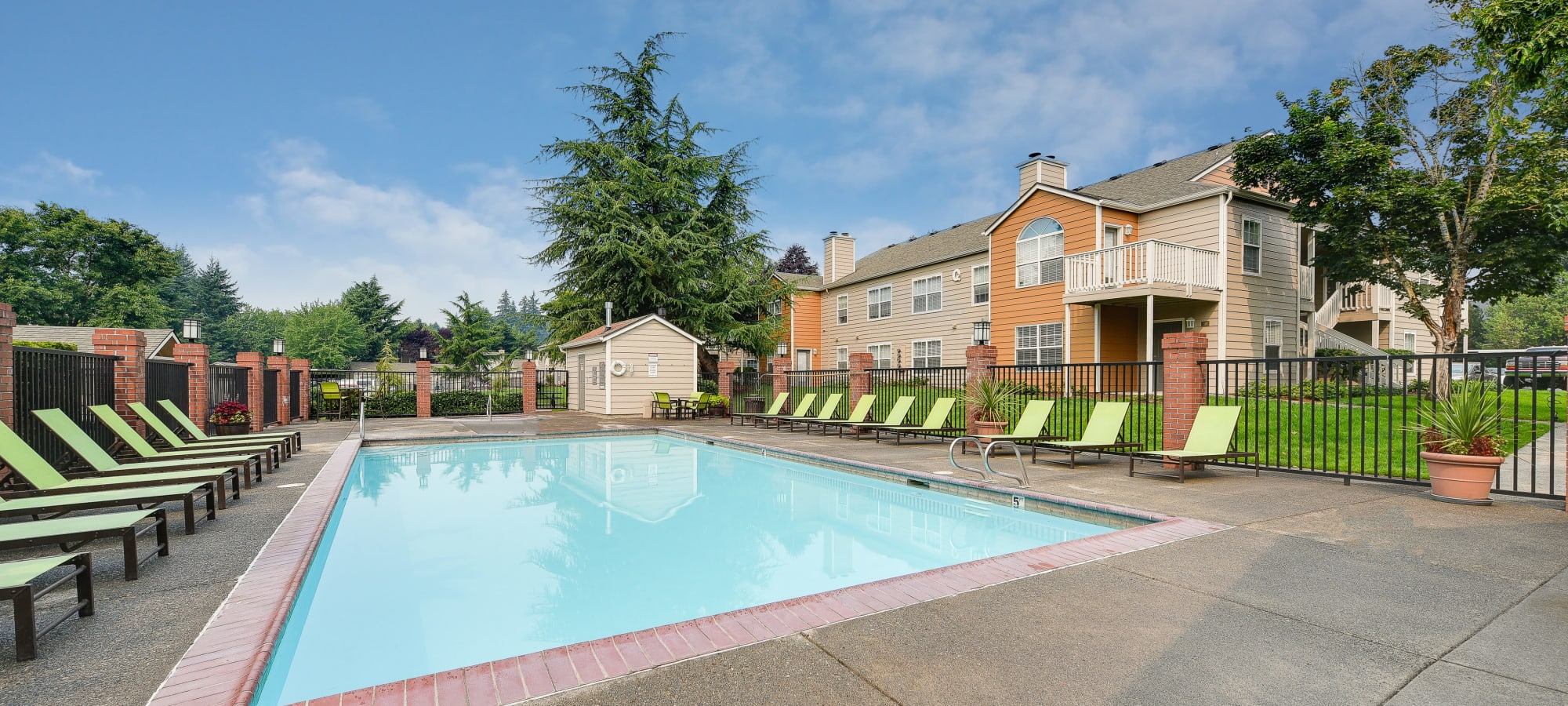 Carriage Park Apartments in Vancouver, Washington