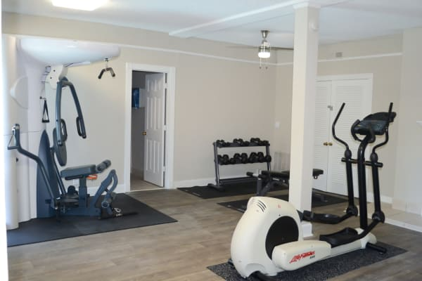 Fitness center at Hickory Creek Apartments & Townhomes in Nashville, Tennessee