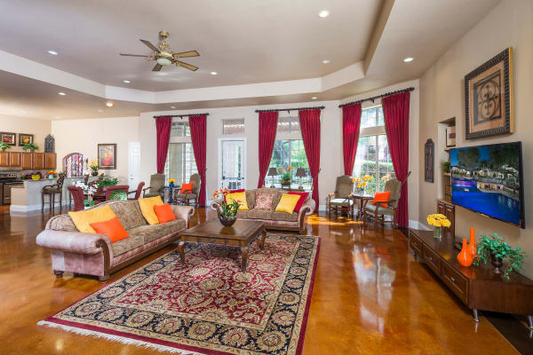 The clubhouse at Villas of Vista Del Norte with fluffy couches