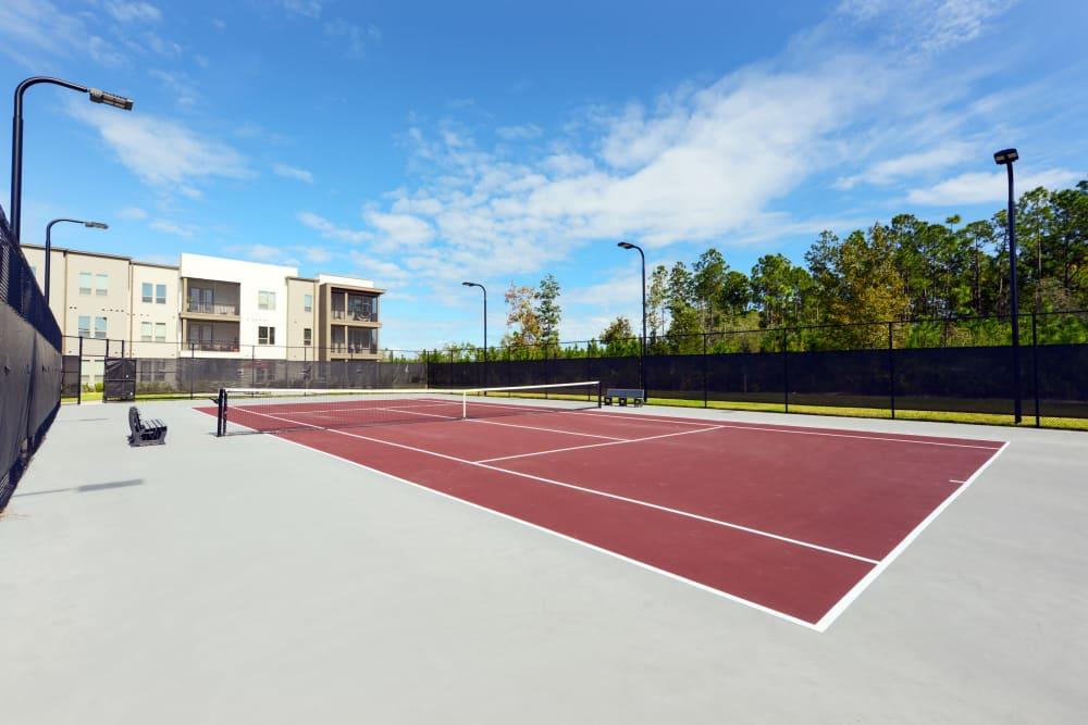 Tennis court at Luxor Club in Jacksonville, Florida