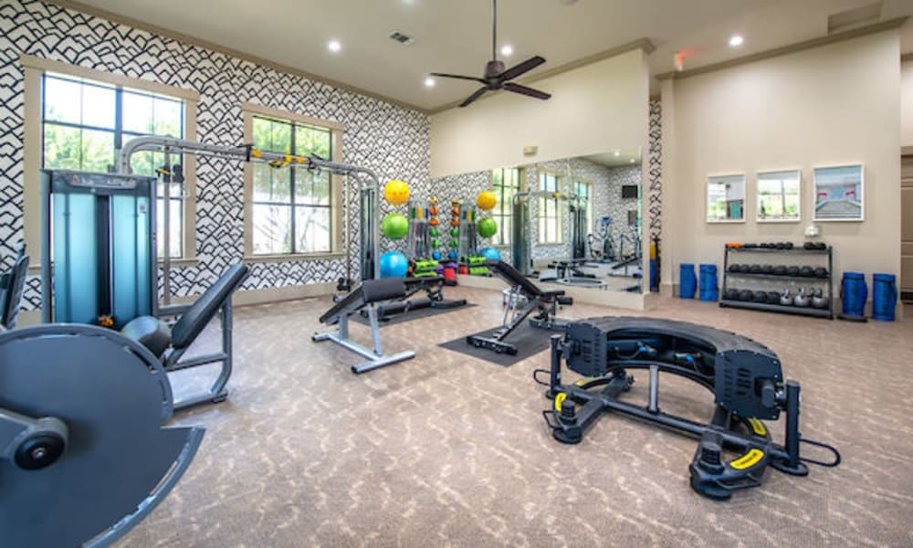 Beautiful Apartments with a well equipped fitness center at Olympus Team Ranch