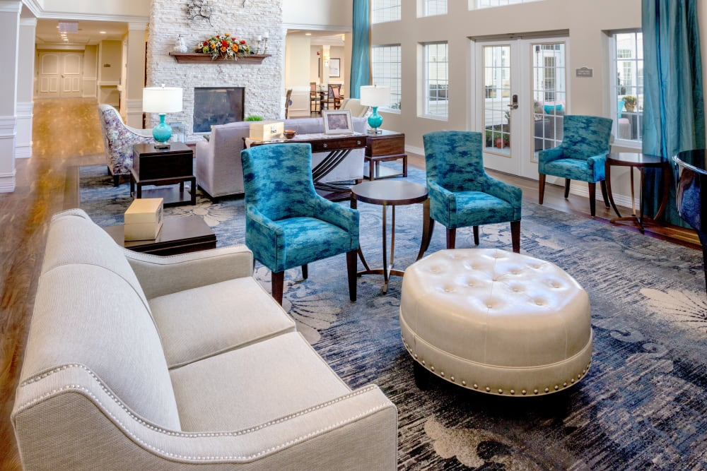 Elegant design in the community living room at Brooklyn Pointe in Brooklyn, Ohio