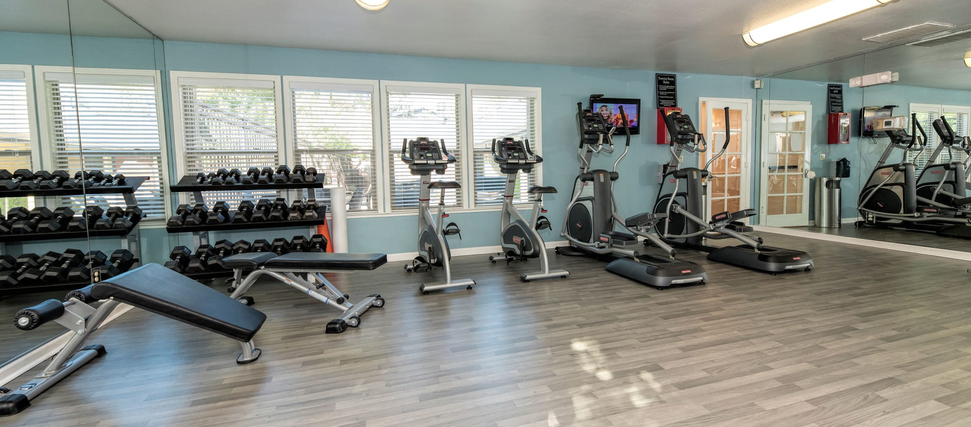 State-of-the-art fitness center at Sterling Heights Apartment Homes in Benicia, California