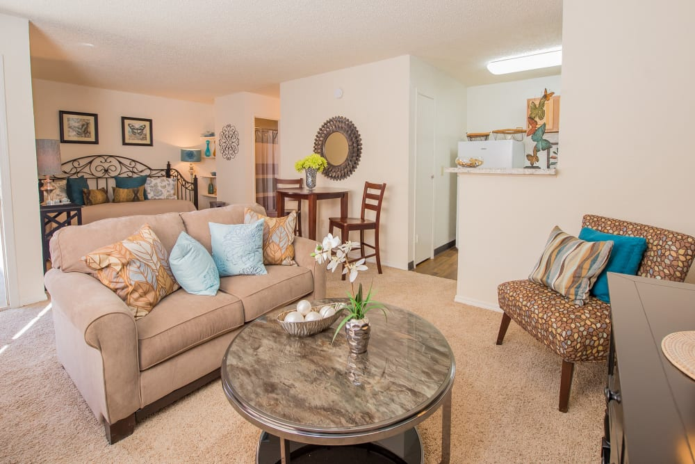 Bright living room at Country Hollow in Tulsa, Oklahoma